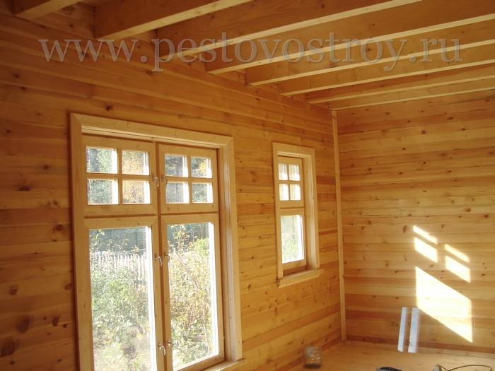 Фотография отделки деревянного дома изнутри